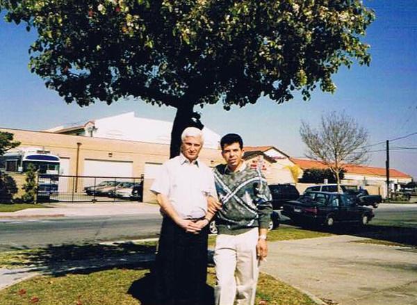 Лос-Анжелес-1999 г.